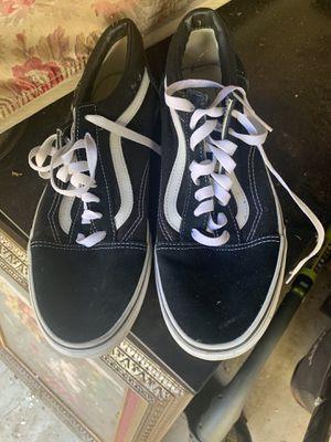 Men's sneakers size 10.5 for Sale in Atlanta, GA