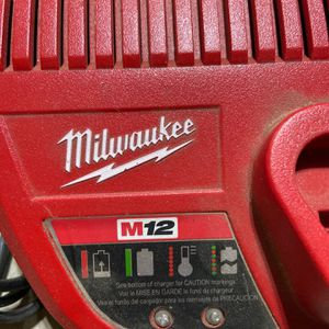Milwaukee Tool Set And Bag for Sale in Fresno, CA
