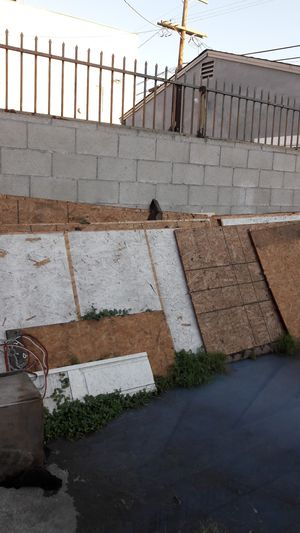 madera for Sale in Los Angeles, CA