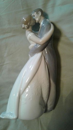 NAO HAND MADE PORCELAIN FIGURINE BY LLADRO for Sale in Columbia, TN