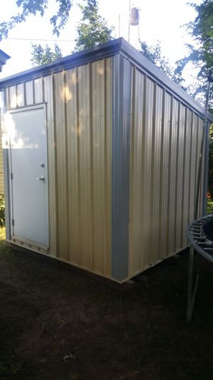 8ft by 8ft insulated shed for Sale in El Dorado, KS