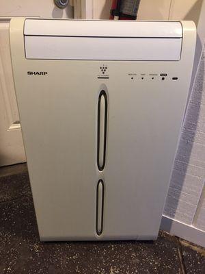 Sharp portable air conditioner/ dehumidifier for Sale in Bay Lake, FL