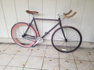 Custom Scattante Americano single speed/fixie urban track bike for Sale in Fort Lauderdale, FL