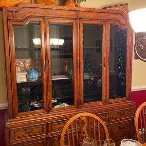 Dinner Room Table Set for Sale in Woodbine, MD
