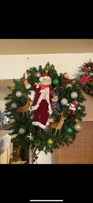 Big wreath for Sale in Stockton, CA
