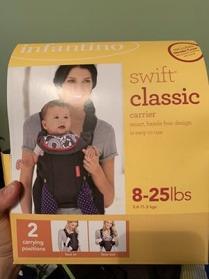 Baby carrier for Sale in Shelby Charter Township, MI