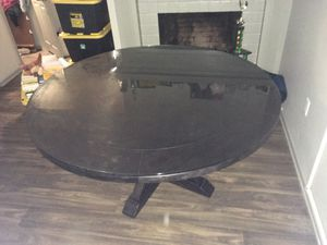 Round Kitchen Table with Thick Glass Top for Sale in Chula Vista, CA