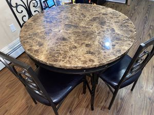 Beautiful dining room table and 4 chairs for Sale in Oreland, PA