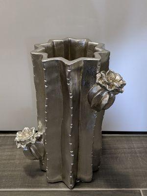 Set of 2 Cactus 🌵 Flower Vase 💐 for Sale in Orange, CA