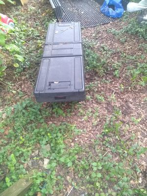 Nice plastic tool box for truck for Sale in Tampa, FL