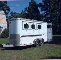 Beautiful 2000 horse trailer Original Owner.$1000 for Sale in Atlanta,  GA