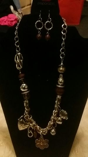 $5 Charm necklace for Sale in Stone Mountain, GA