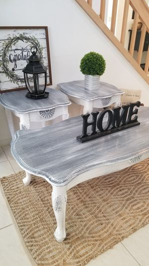 COFFEE TABLE W 2 MATCHING END TABLES SET/(SELLING AS A SET ONLY) for Sale in Chino Hills, CA