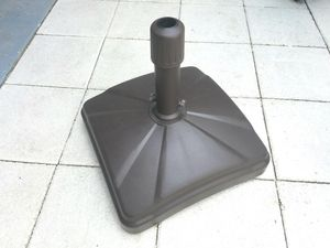 Shademobile heavy duty umbrella stand for Sale in Clearwater, FL
