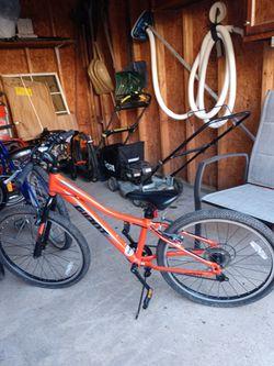 Orange Giant Boys Bike for Sale in Halethorpe,  MD