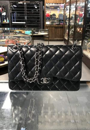 Chanel Quilted Double Flap Bag for Sale in Las Vegas, NV