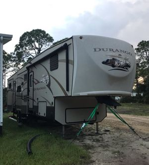 Camper 5th Wheel for Sale in Fort Myers, FL
