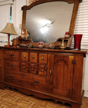 "Nice long dresser/TV stand with big mirror & shelves in good condition all drawers working well, dovetail drawers, driveway pickup L64""*W19""*H34"" for Sale in West Springfield, VA"