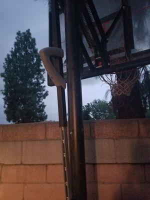 """50"""" basketball hoop for Sale in Redlands, CA"""