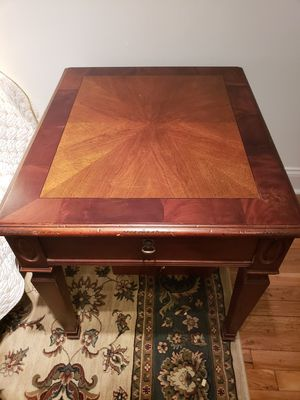 Hekman vintage cherry end table for Sale in New York, NY