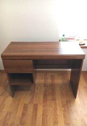Small Wooden Desk for Sale in Tacoma, WA