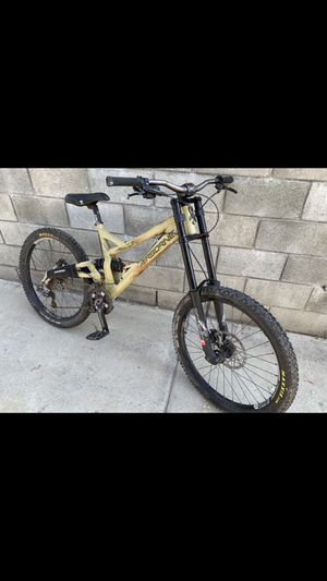 2014 TAKA downhill MTB for Sale in Los Angeles, CA