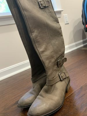 Gray Leather Boots for Sale in King George, VA