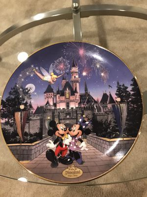 Disney Collectible Plate SLEEPING BEAUTY CASTLE for Sale in Plainfield, IL
