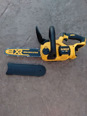 "Dewalt 20v brushless chainsaw nueva tool only 16"" for Sale in Moreno Valley, CA"