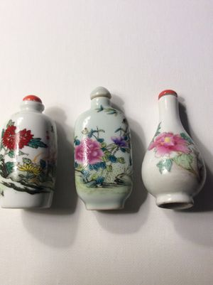 3 hand painted porcelain antique snuff bottles⭐️⭐️⭐️⭐️⭐️ for Sale in Chandler, AZ