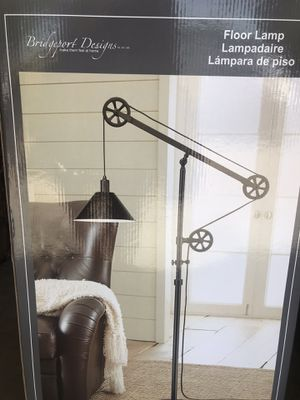 Floor Pulley Lamp for Sale in Hesperia, CA