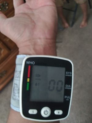 Blood pressure monitor for Sale in North Highlands, CA