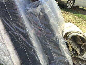 2-Twin Box Springs FREE for Sale in Magnolia,  TX