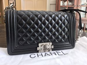 Chanel Black Lambskin Medium Boyfriend Bag Purse Crossbody for Sale in Kennesaw, GA