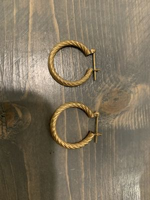 14K gold hoop earrings. Approximately 3/4 to 1 inch diameter. for Sale in Oceanside, CA