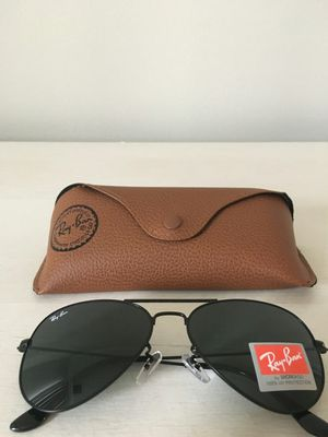 Authentic New RayBan Aviator Sunglasses for Sale in Chicago, IL