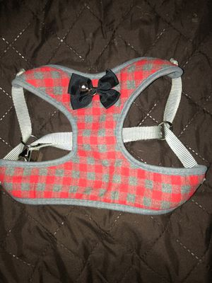 Medium dog vest, it's only been used three times, still in amazing quality. for Sale in Perris, CA