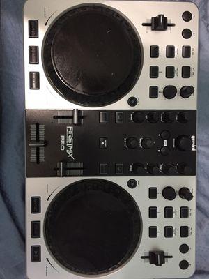 Dj controller, Gemini FirstMix Pro. Negociable for Sale in Miami, FL