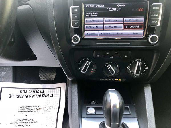 2014 VW Jetta SE PZEV W/Connectivity