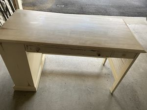 Desk Ethan Allen - rustic for Sale in Gaithersburg, MD