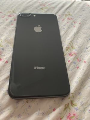 iPhone 8 Plus for Sale in Cape Coral, FL