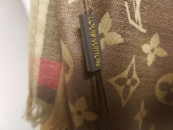 Large Louis Vuitton wrap/scarf