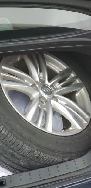 Infiniti 17 inch wheels for Sale in Orlando, FL