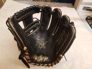 RAWLINGS PRO BASEBALL GLOVE for Sale in Yonkers, NY