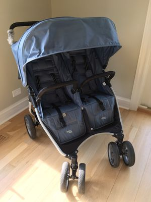 ULTRA LIGHT Double Stroller! for Sale in Libertyville, IL