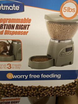 Pet Feeder Automatic and Programmable. for Sale in Miami,  FL