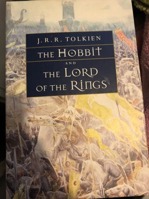 Lord of the rings book set for Sale in Brooklyn, NY