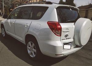 PREMIUM SOUND SYSTEM - Toyota RAV4 '06 for Sale in Denver, CO