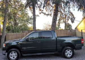 Very Nice 2OO4 Ford F-150 XLT 4WDWheels Cool for Sale in Miami, FL