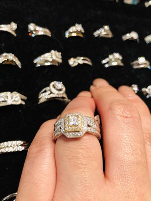 Ring Style: Bridal Sets/Stone: Cubic Zirconia size 7/8 for Sale in Newcastle, WA